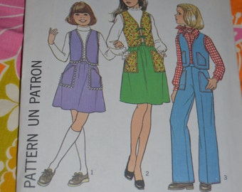 Vintage 70s SImplicity 7813  Girls Vest Skirt and Pants  Sewing Pattern - UNCUT - Size 7 or  Size 12 - 14