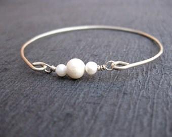 Freshwater Pearl Bangle Bracelet, Silver Pearl Bangle, Pearl Bracelet, Gold or Silver Pearl Bangle bracelet, Pearl Jewelry