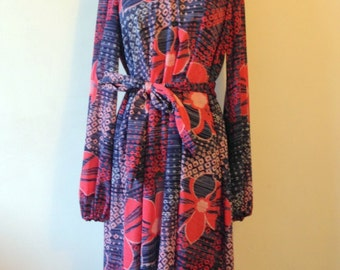 Stunning seventies vintage dress in vibrant colours