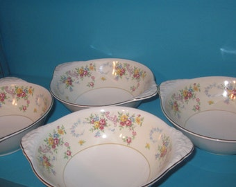 Vintage Lugged Bowls by Homer Laughlin Nautilus Eggshell set of four
