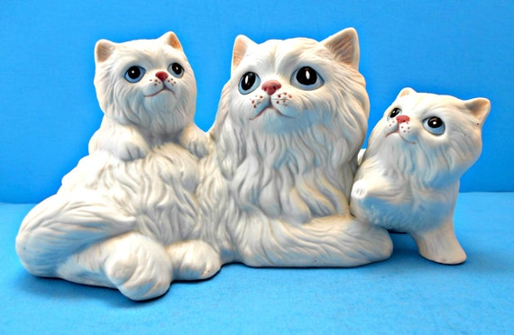 Eyes detailed figurine 1980 s persian kitties vintage home decor