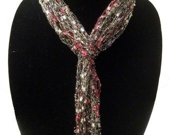 Ladder Yarn Skinny Scarf by Peace of the Lily #1072