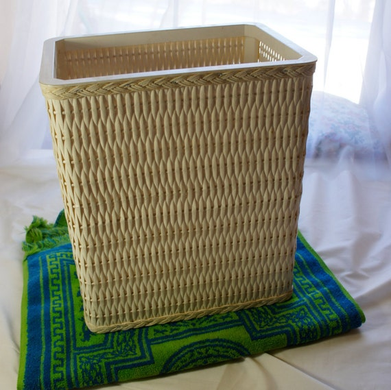 Vintage Rectangular White Wicker Woven Trash Can With Plastic