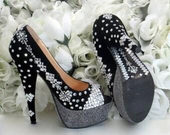 Delphic Christmas Shoes