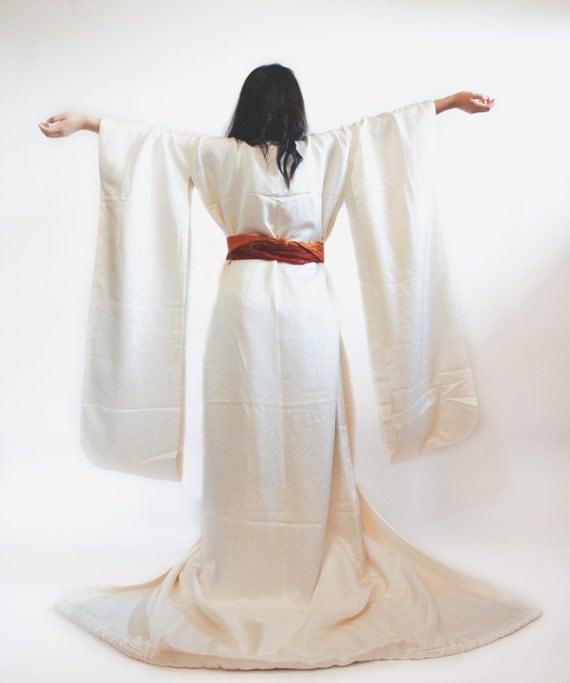 Vintage Japanese White Shiro Kakeshita Wedding Kimono by ...