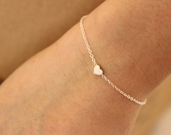 tiny silver heart bracelet, gold dainty bracelet, rose gold delicate bracelet, bridesmaid gift, minimalist, thin bracelet, sister gift