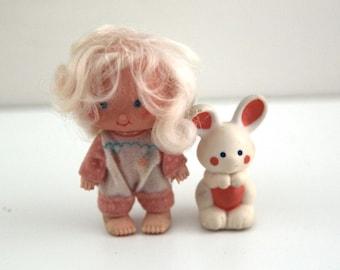 Vintage strawberry shortcake doll Apricot with pet Hopsalot bunny