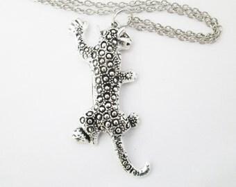 Silver leopard necklace