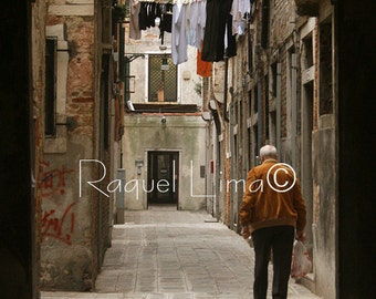 Travel Photography: People and a street view of Venece, Italy