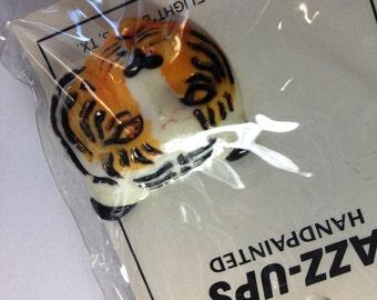 Tiger Resin Embellishment - Vintage JAZZ_UPS Tiger Embellishment