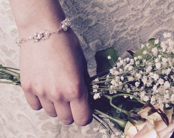 Bridal bracelet, Swarovski crystal and pearl wedding bracelet, wedding jewelry, bridal jewellery, gift for bride, pearl crystal bracelet