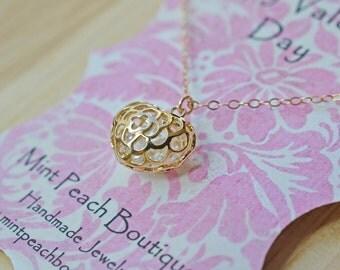 Filigree Heart Pendant Necklace
