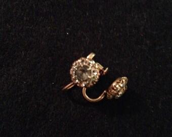 Vintage 10K BDA Yellow Gold Flower Earrings