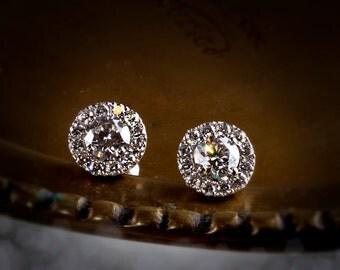 Diamond Halo Studs 0.90ctw diamond, GIA certified diamond studs, 18k gold halo, 18k white gold halo, 18k rose gold halo, hal-e101-030-18k