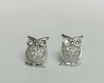 Estate 925 Sterling Silver Owl Hoot Earrings Studs Teacher  Cz Diamonds S185