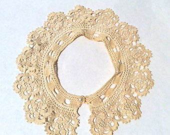 Antique Victorian Crocheted Lace Collar w/ Exquiste Detail! Handmade! Bridal