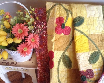 Red Yellow Quilt, Handmade Quilt, Quilt with Meandering, Yoyo Flowers, Quilted Bedspread, Bedspread, Quilted Blanket