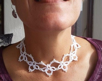 Hand tatted lace necklace with pearl beads - unique bridal choice