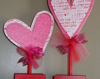 Wood Craft ,Valentine decor, Heart on dowel, Set of 2