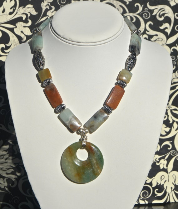 "16"" Mint Green and Brown Necklace With Pendant"