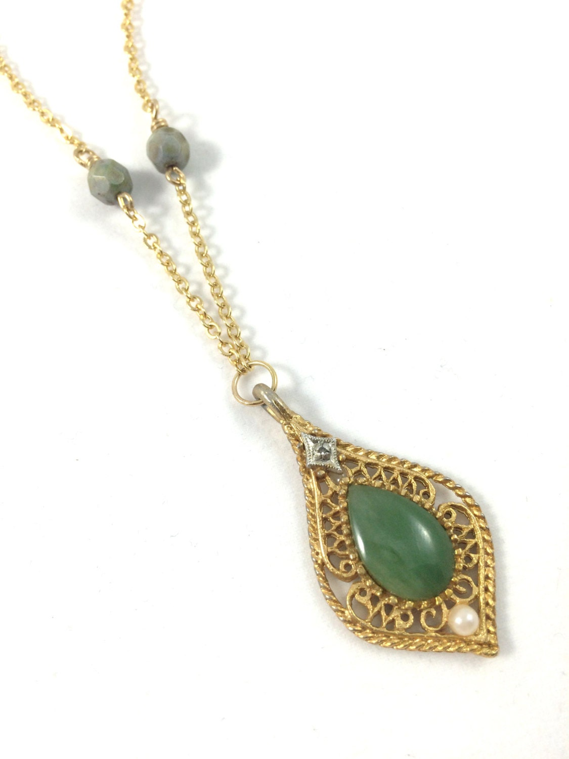 Vintage jade pendant necklace filigree necklace czech beads for Pictures of jade jewelry