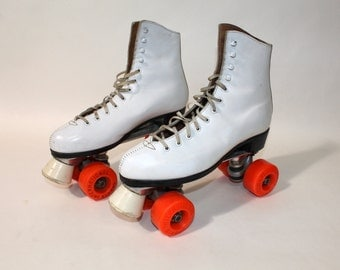 vintage 70's - 80's Women's Roller Skates. 'New Old Stock'. -Chicago- w/ 60 mm urethane wheels. US Size 8