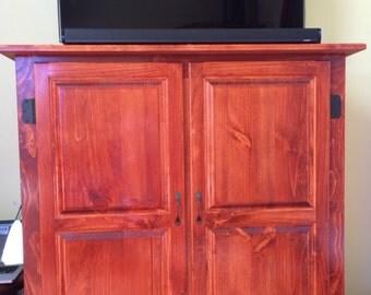 Entertainment/TV Cabinet