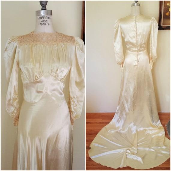 1930s Wedding Dresses: Vintage 1930s Wedding Gown / Champagne Wedding Dress / 30s
