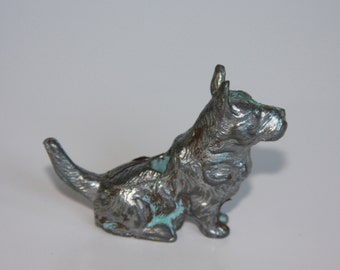 SALE!! Cast Iron Derby Hershey Scottie Dog from Conn. SALE!!