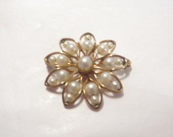 SALE !H.G Genuine Pearl 12k G F Flower Brooch