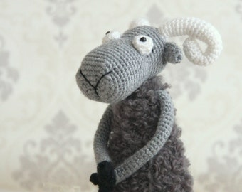 Amigurumi owl crochet bird safety eyes by LavenderGiraffaToys