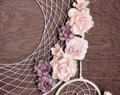 Big dreamcatcher with roses and lilies, boho dreamcatcher, wedding dreamcatcher, bohemian decor