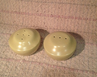 mid century modern salt and pepper shakers