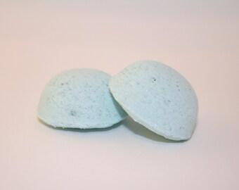 "Mini Sized Eucalyptus ""Breathe Easy""- Bath Bombs with Essential Oil"