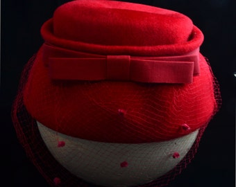 1960's Rose Red Felted Beret.