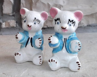 CUTE.... Vintage.... Little Bear.... SALT & PEPPER Shakers...Blue and White...Handpainted
