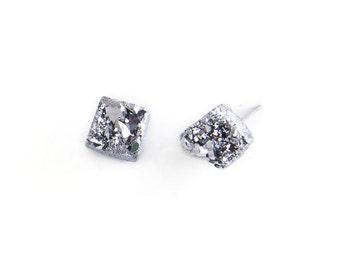 Druzy Crystal Earrings. Raw Quartz Chunk Earrings. Geo Earrings. Stud Earrings. Crystal Quartz Earrings. Quartz Stud Earrings