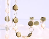 Elegant Pearl and Pyrite Necklace