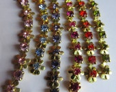Ridiculously Cute Vintage Daisy Chain With Rhinestones In A Rainbow Of Colors