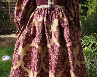 Custom Italian Renaissance Gown with Full Sleeves Lucrezia Borgia Dress 16th Century Clothing for Romeo and Juliet  Historical Reenactment