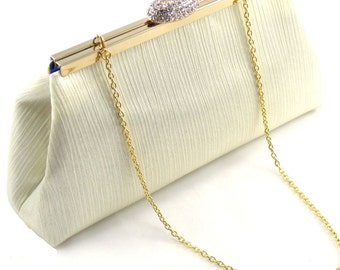 Cream Crinkle and Navy Blue Bridal Clutch, Something Blue, Bridesmaid Gift, Mother of the Bride Gift, Bridesmaid Clutch, Wedding Clutch