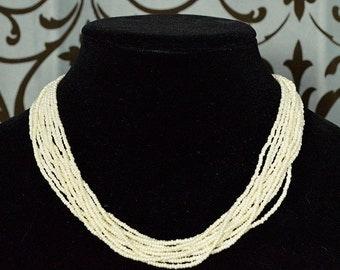 Beachy 1980s Ivory Beaded Necklace