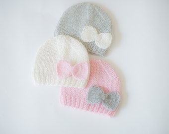 Baby girl hat / 100% cashmere newborn girl hat / newborn photo prop / knit hat / newborn photography / baby shower gift