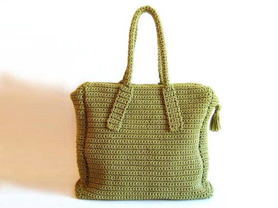 Crochet pattern for carryall bag. To crochet back and forth making two ...