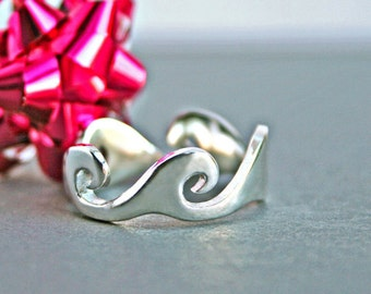 Silver Wave Ring Ocean Wave Ring Alternative Wedding Ring Alternative Wedding Band Unique Wave Wedding Band Trending Jewelry His Hers Bands