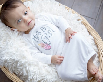 """Welcome Baby! """"It's a Girl"""" Embroidered Baby Bodysuit"""