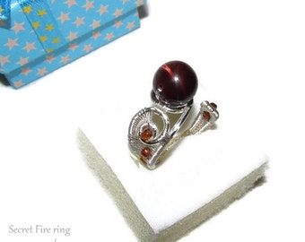 Secret Fire ring, tiger's eye ring, wire ring, fantasy ring, gemstone ring, brown jewelry, tigers eye jewelry, wire wrapped ring