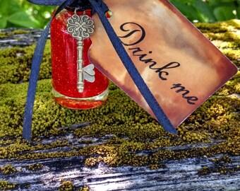 Queen of Hearts/Alice in Wonderland Decorations/Drink Me Bottle/Mad Hatter Tea Party/Wonderland Decor/Mad Hatter Bridal Shower/Mad Tea Party