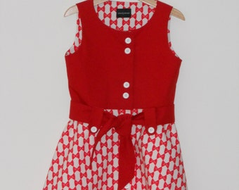Red-white dress with buttons