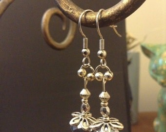 Beautiful & bold flower dangle earrings!